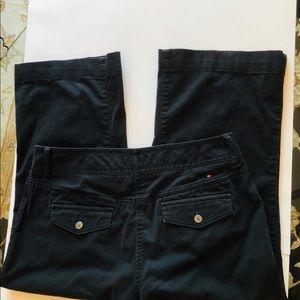 Tommy Hilfiger Women's Black Capris. Size 10, EUC